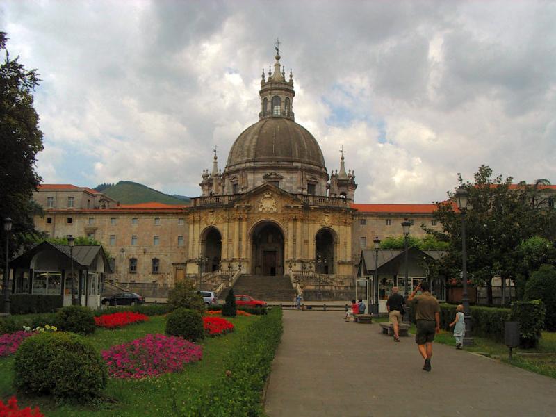 4 lugares de visita obligatoria en Guipuzcoa - Basílica de San Ignacio de Loyola