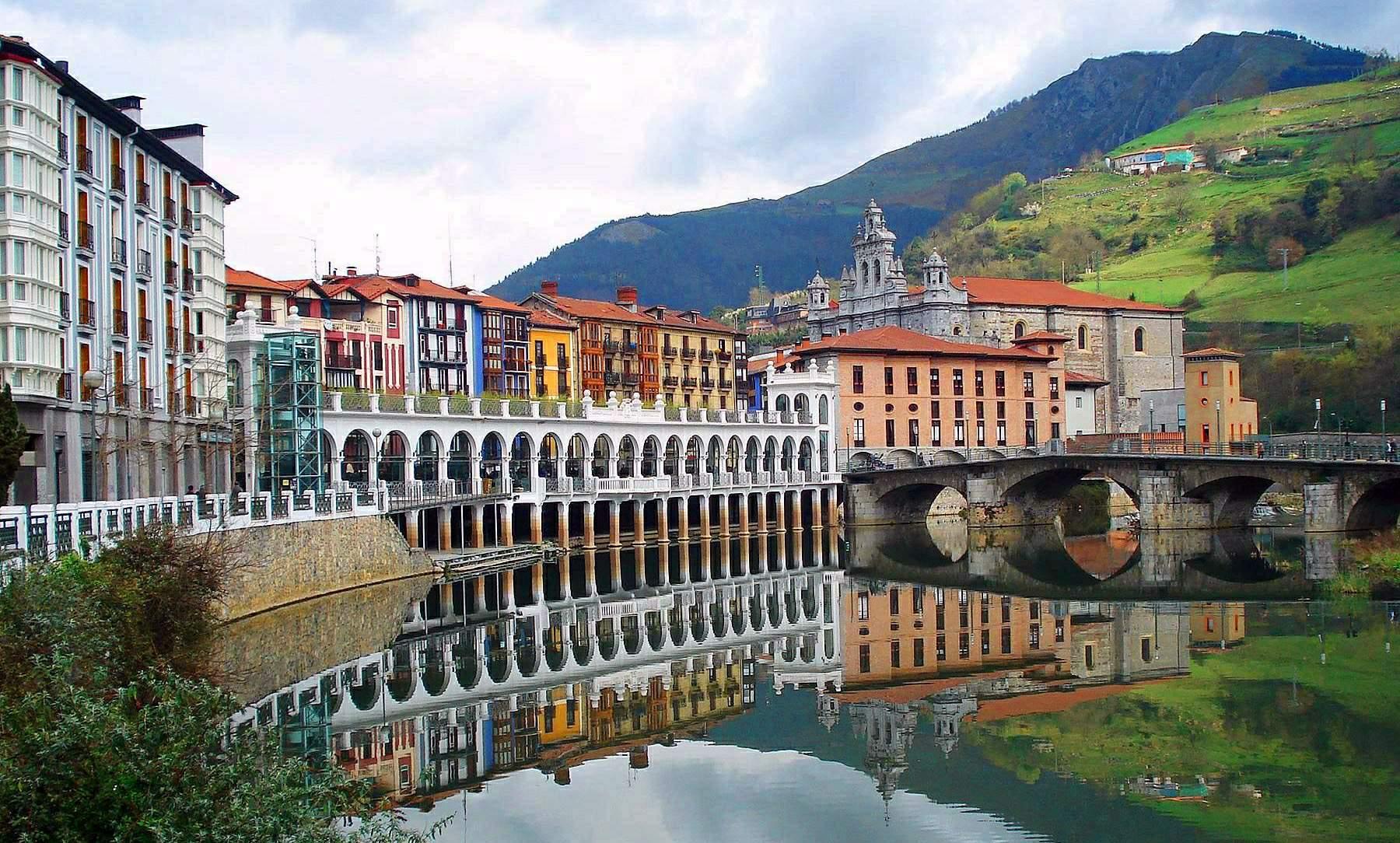 Tolosa - Los pueblos bonitos cerca de San Sebastián.